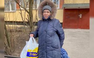 """Волонтеры """"Добродомика"""" продолжают доставлять продукты пожилым людям"""