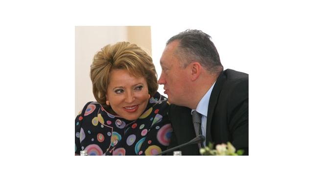 Спикер ЗакСа Вадим Тюльпанов уверен, что Матвиенко примет предложение президента