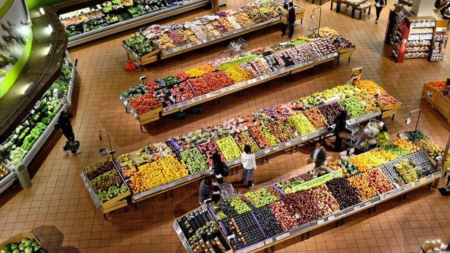 Матвиенко предложила указывать на продуктах цену производителя