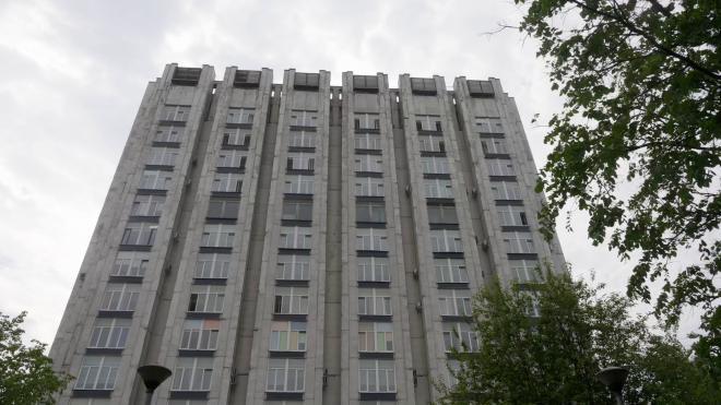 Глава НИИ им. Джанелидзе опроверг информацию о загруженности больниц Петербурга
