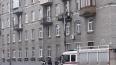 Житель Петербурга хотел спуститься с балкона третьего ...