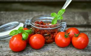 В Выборгском районе томатная моль уничтожила урожай