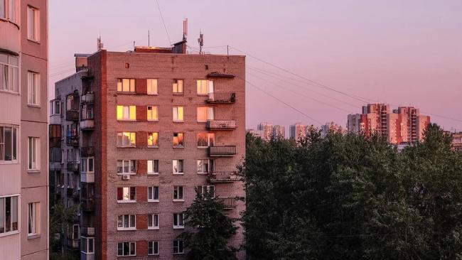 Путин попросил ФАС проверить рост цен на жилье