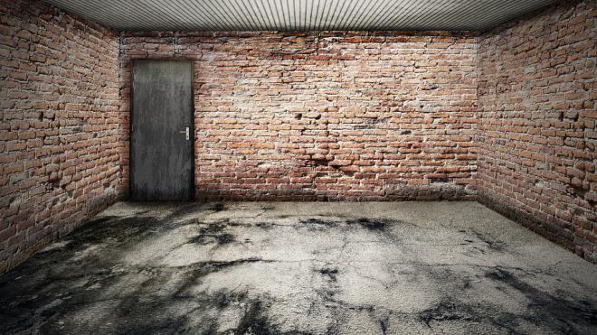 В гараже на улице Кржижановского нашли труп мужчины с многочисленными ссадинами
