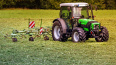 В Ленобласти угнали трактор за 250 тысяч рублей