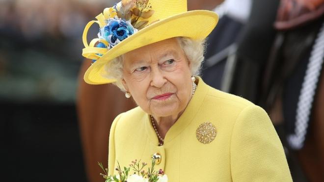 Королева Англии опубликовала первый пост в своем аккаунте Instagram