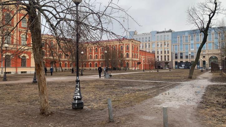 На благоустройство сквера на улице Восстания, 8 потратят 16,5 млн. рублей