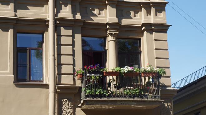 В Петербурге проходит конкурс на лучшее украшение балкона