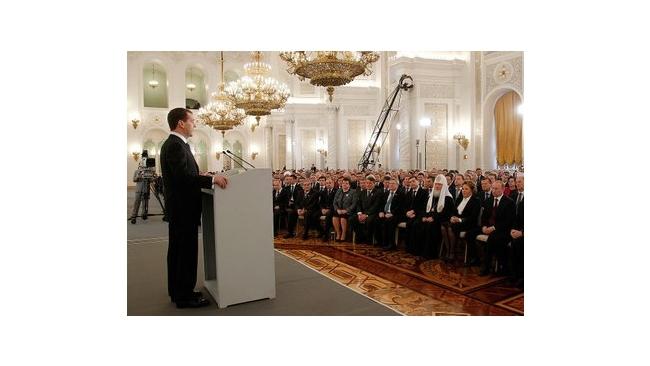 Дмитрий Медведев упростил жизнь будущих президентов России