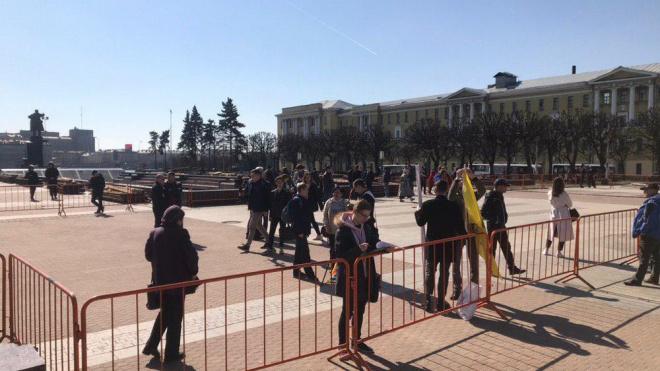 На площади Ленина прошел митинг против призыва в армию