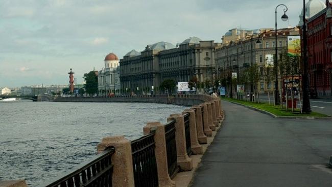 Смольный выбрал подрядчиков для реконструкции набережной Макарова