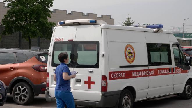 На Торжковской мать упала на полугодовалого сына