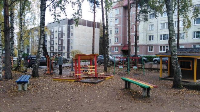 В Выборге на улицах Рубежная и Гагарина завершено благоустройство дворов