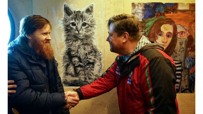 В Петербурге на фасаде дома появилась первая цифровая фреска