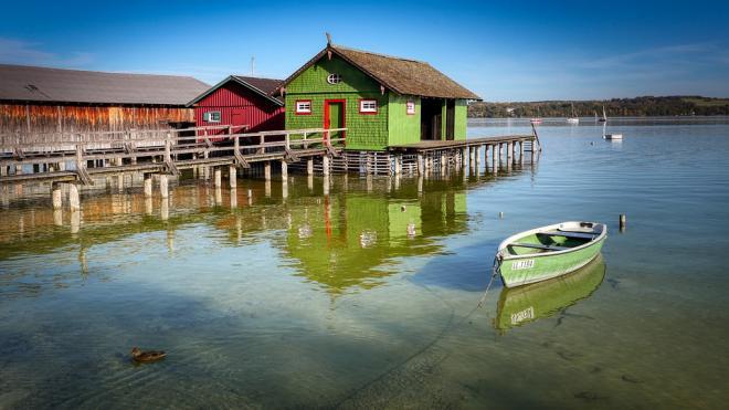 Росреестр предложил частично снять ограничения на приватизацию участков у воды