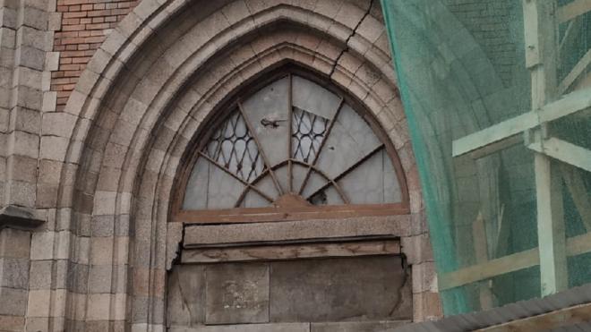 Реставрацию крыши церкви Святейшего Сердца Иисуса на Бабушкина планируют закончить в 2021 году