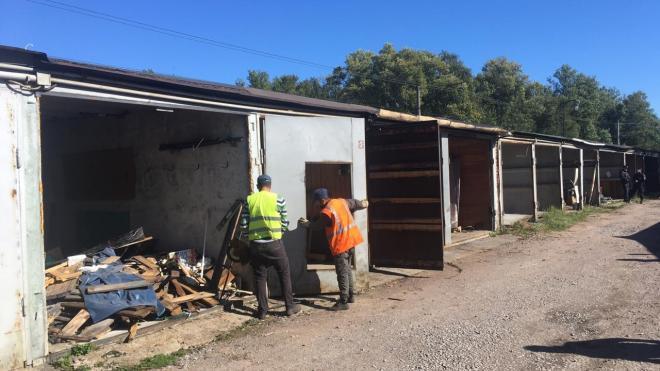В Петербурге сносят гаражи для строительства фондохранилища Эрмитажа