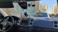 В Петербурге неизвестные разбили стекло иномарки презерв...