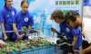 Школьники ИТМО создали робота для выращивания клубники