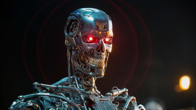 """Восстание машин. Робот """"заминировал"""" квартиру пожилой петербурженки"""