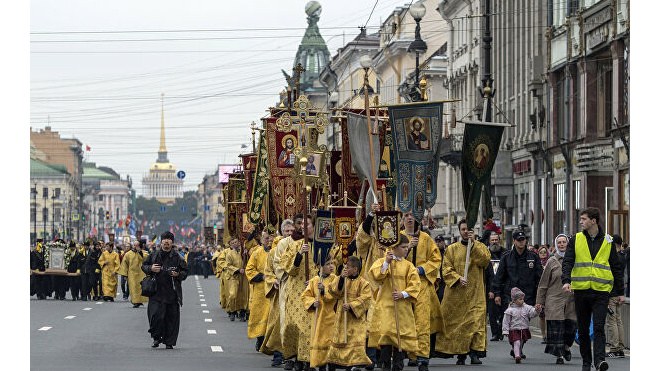 16 февраля движение в центре Петербурга перекроют из-за Крестного хода