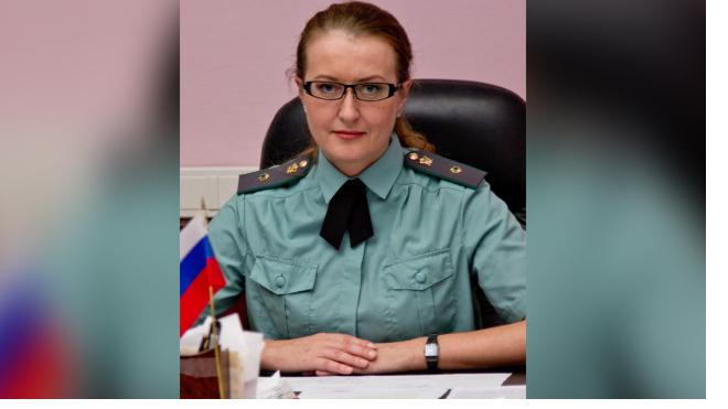 Следователи Пскова требуют арестовать замглавы судебных приставов Петербурга Марину Окрушко