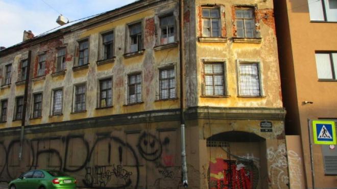 Аварийное здание на улице Печатника Григорьева станет комплексом апартаментов