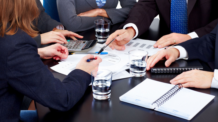 В Жилищном комитете Николай Бондаренко провёл совещание с заместителями глав администраций районов