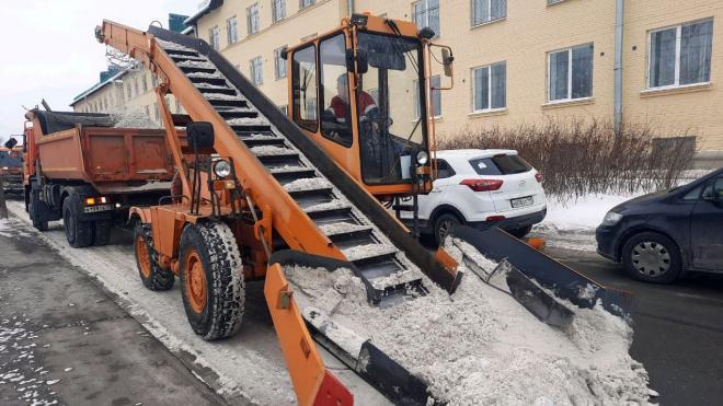 Коммунальщики готовятся к сильному снегопаду в Петербурге