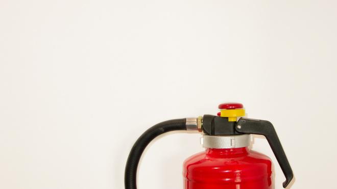 Не готовые к пожарам дома в Приморском районе попали под прокурорский иск