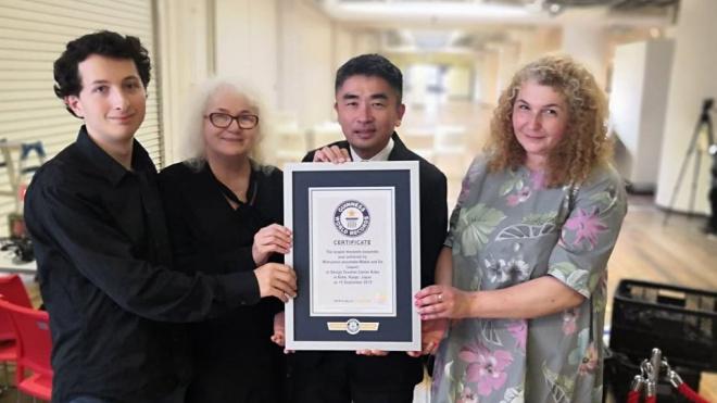 """В Японии установили мировой рекорд по игре на """"матрешках"""""""
