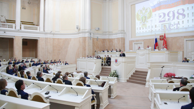 В городском суде Петербурга подтвердили законность застройки участка на Смольной набережной