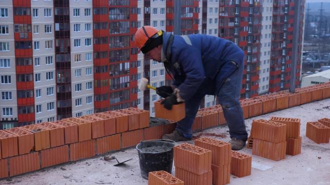 Объём готового жилья в Петербурге стремительно сжимается