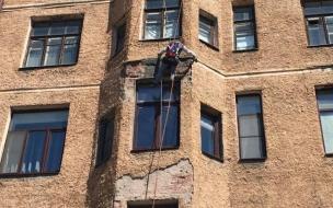 В Выборге ремонтируют фасад здания на Северной улице