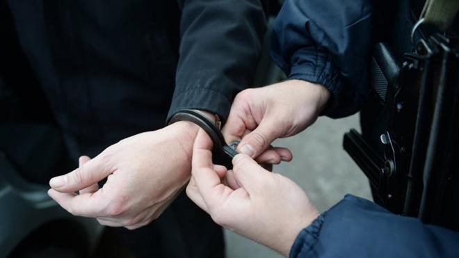В Петербурге у мужчины, задержанного за мелкое хулиганство, нашли 282 грамма наркотика