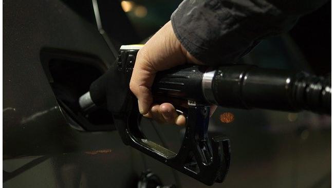 Росстат: Бензин лишается более дешевой альтернативы на российском рынке