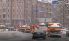 Петербургские дворы разрешат убирать от снега не до асфальта