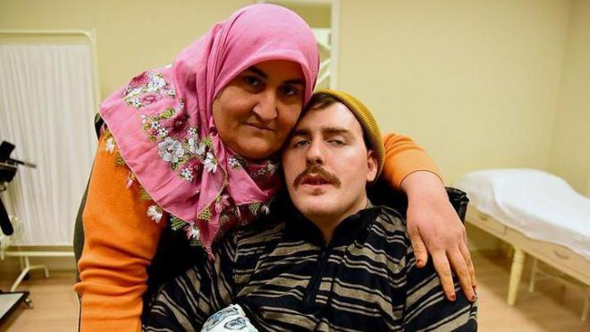 В Турции скончался россиянин, за которым после ДТП 10 лет ухаживала местная жительница