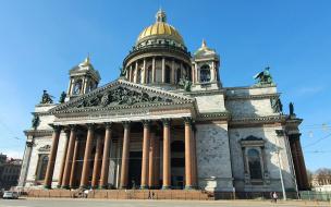 Глава комитета Госдумы назвал запрет на посещение храмов в Петербурге недопустимым