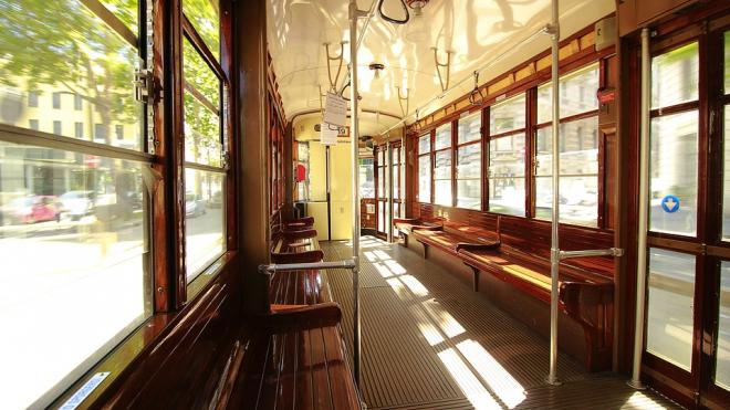 В Петербурге появился литературный трамвай