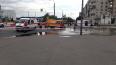 Перекресток Голикова и Ветеранов затопило горячей водой