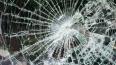 В Петербурге на пожилую женщину упало стекло