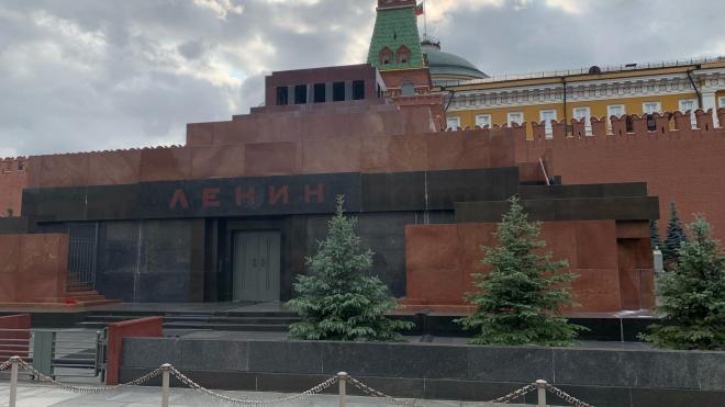 Познер прокомментировал конкурс по будущему Мавзолею без Ленина
