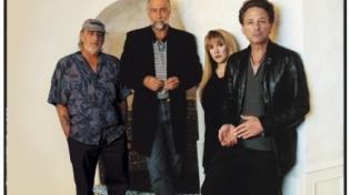 The Kills и MGMT споют песни Fleetwood Mac