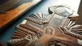 В Петербурге осудят женщину за кражу иконы