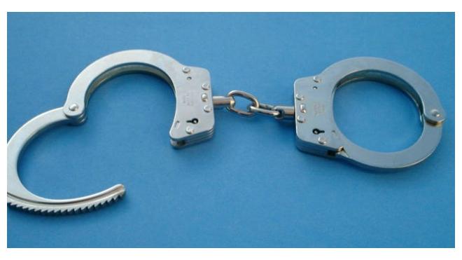 В Луге поймали мужчину, грабившего пенсионерок
