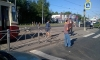 """Пенсионер-лихач на """"Ниссане"""" снес два светофора и забор на Дальневосточном, а потом """"поцеловал"""" грузовик"""