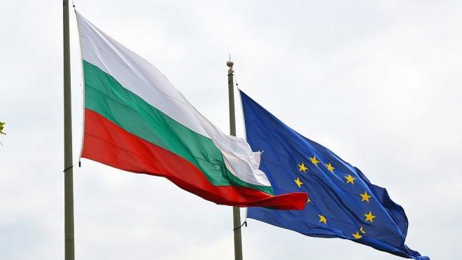 Второй из объявленных персонами нон грата российских дипломатов покинул Болгарию