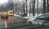 Девушка за рулем Volkswagen снесла остановку общественного транспорта на Каменном острове