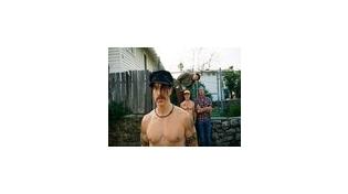 Red Hot Chili Peppers бесплатно раздают альбом